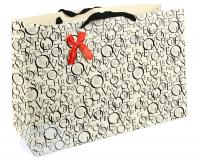 Широкий подарочный пакет с буквами
